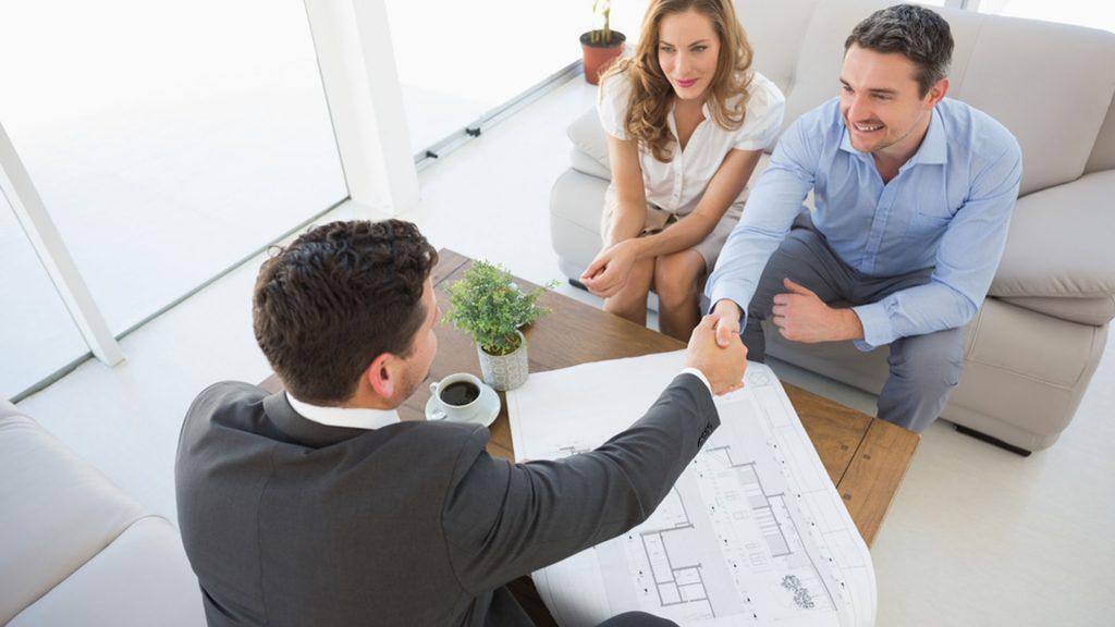 Можно ли обойтись без срм для агентства недвижимости?
